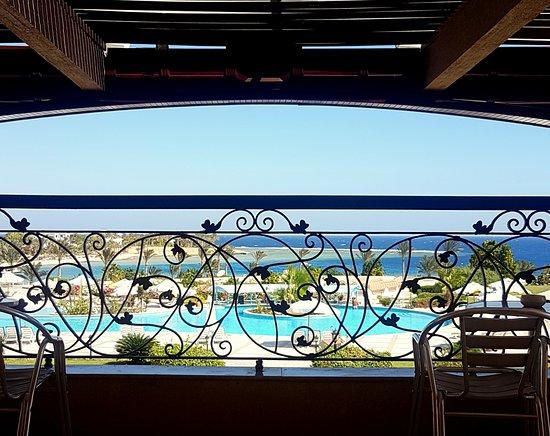 Royal brayka beach resort marsa alam recenze a for 15 royal terrace reviews
