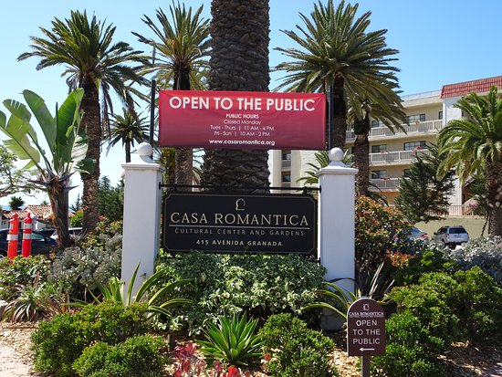 Casa Romantica Cultural Center and Gardens: Easy to find; ample signage