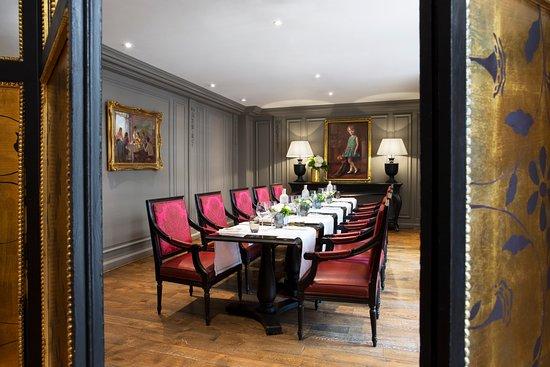 salon de th picture of l assaggio at hotel castille paris rh tripadvisor com