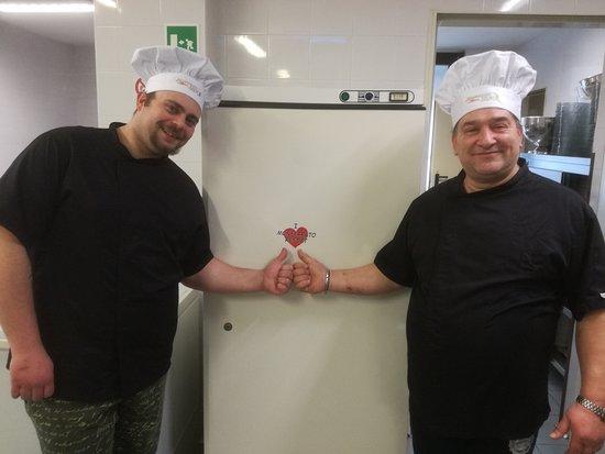 Cereseto, Italia: lo staff di cucina... la parte grossa!!!!