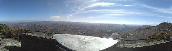 Belvedere di La  Morra : belvedere