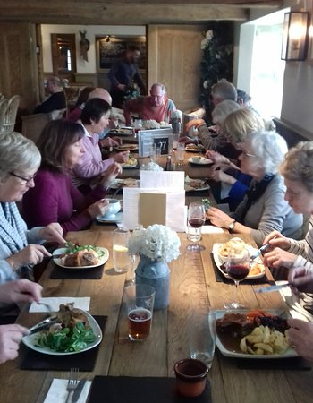 The White Lion: Lunch for our walking group of 18. Great food. Well presented. Good value.