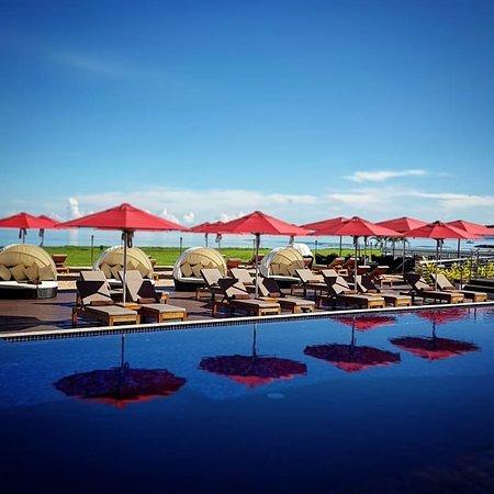 Hilton Fiji Beach Resort Spa