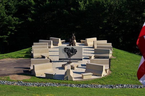 Neillsville, WI: The Bootprint - Our Persian Gulf Memorial