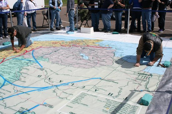 Neillsville, WI: Veterans signing our map