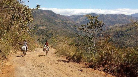 Santiago de Puriscal, Costa Rica: Riding in the mountains