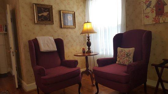Goshen, VA: Eleanor Guest Room