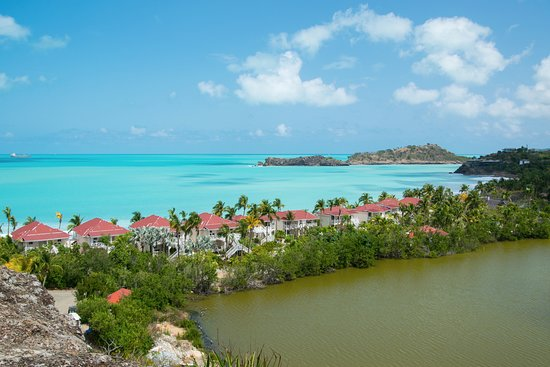Five Islands Village, Antigua: Looking northeast from the hill on the way to Hawksbill