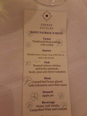 Dolce CampoReal Lisboa: Irish Night. unbelievable, fantistic food, great wine, what a place. happy Saint Patrick's day.