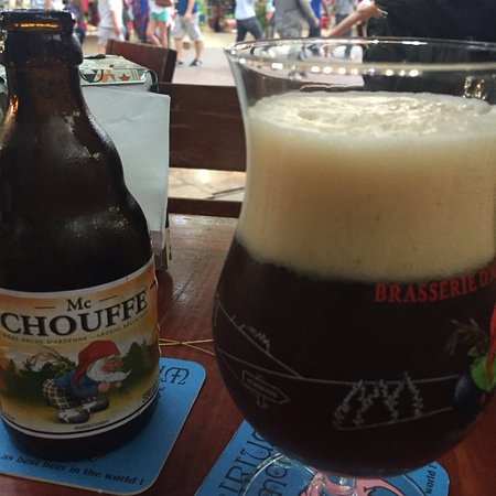 Club de la Cerveza: We have found beer heaven in Playa Del Carmen, the food is tasty, beer selection is great and th