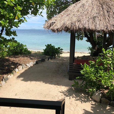 Navini Island, Fiji: Different views from the island. Private access to the beach. You can take the kayaks for as lon