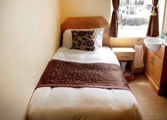 New Steine Hotel: Guest room