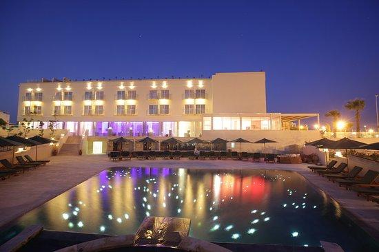 E Hotel Spa and Resort: Exterior