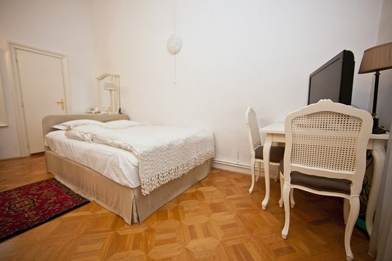 Antiq Palace Hotel & Spa: Guest room