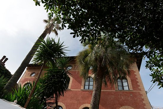 アルベルゴ ピエトラサンタ ホテル