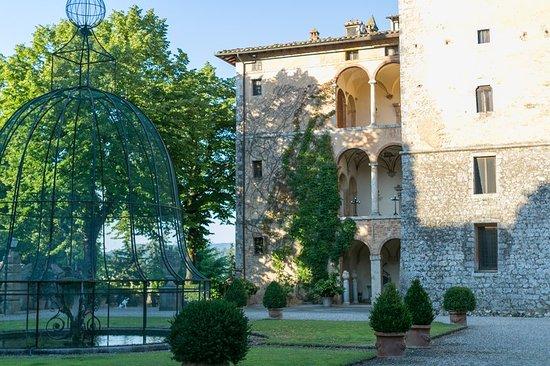 Pievescola, Italy: Exterior