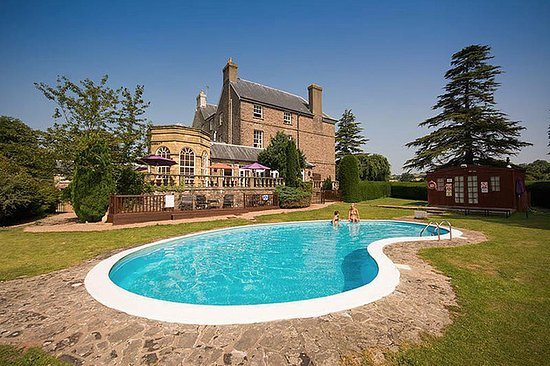 Brecon Beacons Hotels With Pool