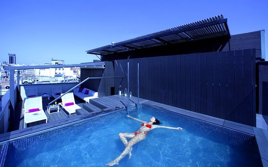 The Mirror Barcelona: Pool