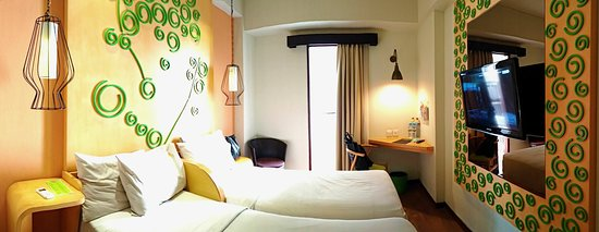 MaxOneHotels @ Legian Photo