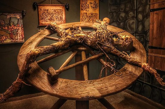 Supersaver: Medieval Torture Museum...