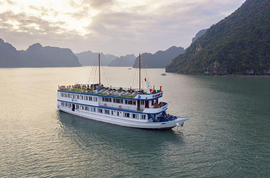 Overnatning Lan Ha Bay-Halong Bay...