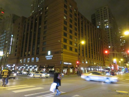Embassy Suites by Hilton Chicago Downtown Picture