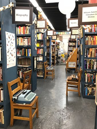Burkes Books