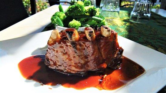 Hope Island, Australien: Chef's special Pork ribs Thai style