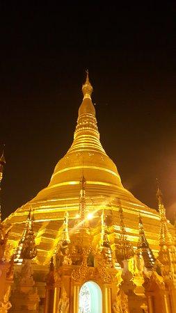 Shwedagon-Pagode: Pagoda