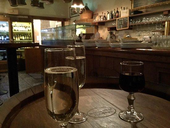 Barababao: これこそベネチアの立ち飲みの雰囲気です