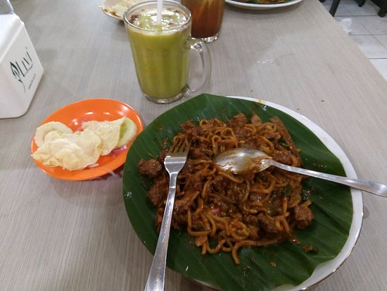 Where to Eat in Banda Aceh: The Best Restaurants and Bars