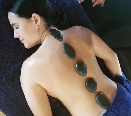 Tamborine, Αυστραλία: Hot Stone Massages