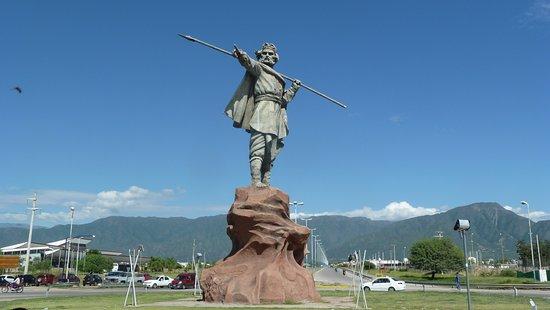 Monumento Chacho Penaloza