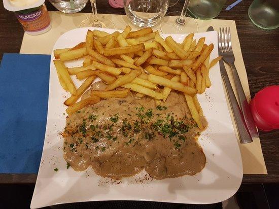 Mezy-sur-Seine, Francja: 20180316_210947_large.jpg