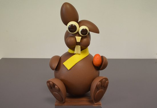 milo le lapin en chocolat au lait pour les f tes de p ques 2018 picture of stephane pasco. Black Bedroom Furniture Sets. Home Design Ideas