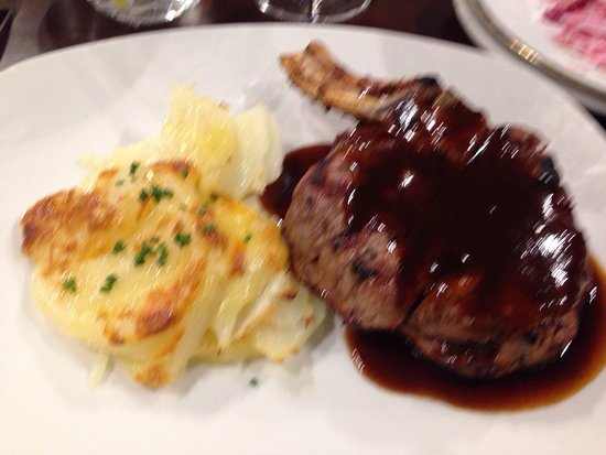 Hansa's Steak & Grill : Rib eye to die for!!