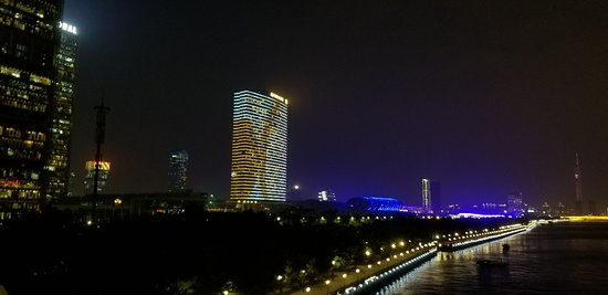 Shangri-La Hotel Guangzhou: 20180124_201407_large.jpg