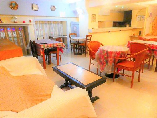 Hotel Fivos Photo