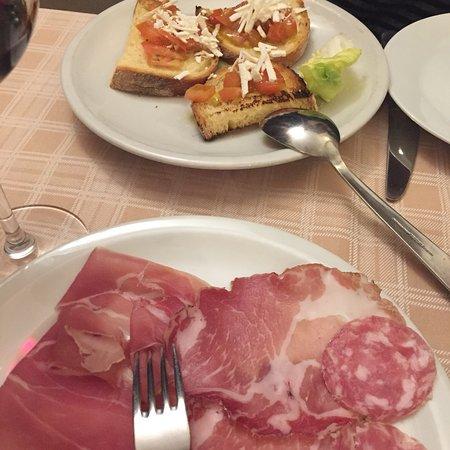 Ristorante antica trattoria salutati in milano con cucina - Trattoria con giardino milano ...