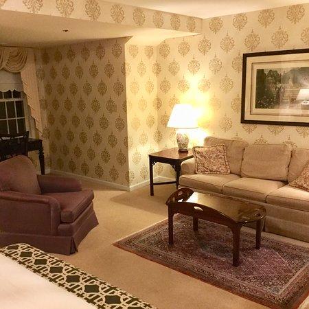 Carnegie Inn & Spa: photo1.jpg