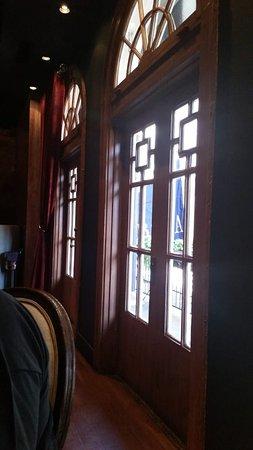 Boca: Gorgeous doors upstairs leading to balcony