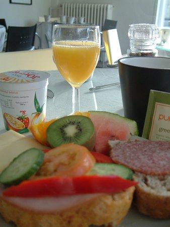 Snorri's Guesthouse: Breakfast