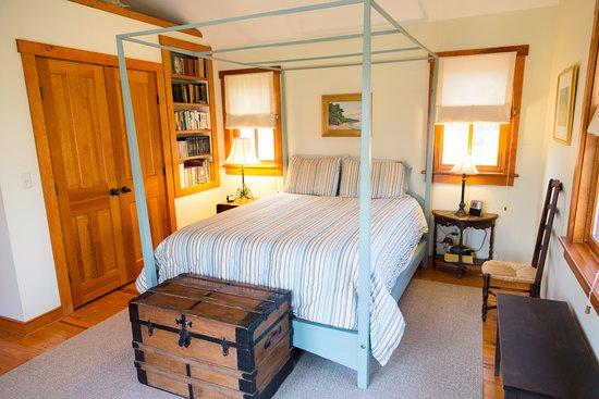 Chestertown, Μέριλαντ: The bedroom in The Stones Throw Cottage