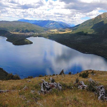 Nelson-Tasman Region, Yeni Zelanda: Lake Rotoit from about 1/2 way up the track.