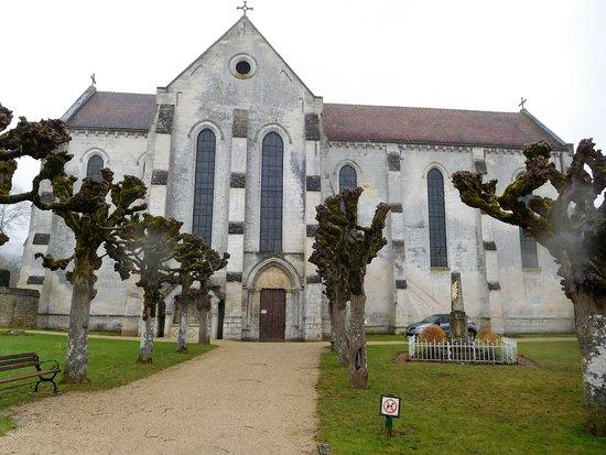 Porche D Entrée Bois porche d'entrée - photo de abbaye saint-jean aux bois, saint-jean