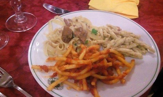 Santa Domenica Vittoria, Italy: primi piatti