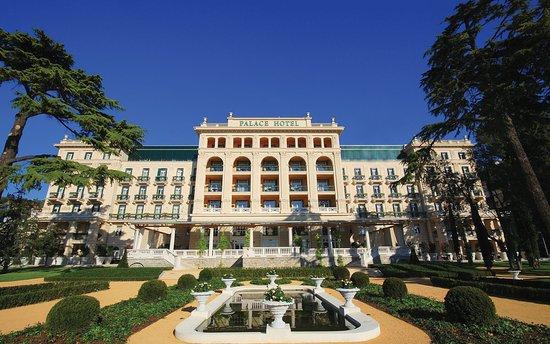 Hotel Palace Portoroz Slovenian Coastline Picture Of Slovenia - Palace-hotel-in-slovenia