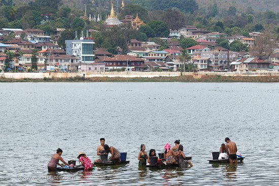 Pindaya Inle Inn : Vue du Lac, tout près de l'hôtel