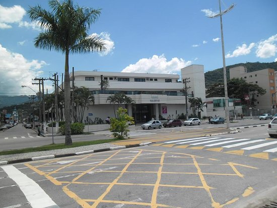 Caragua Praia Shopping