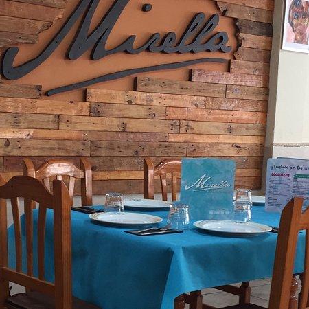 Miramar, España: Restaurante Mirella